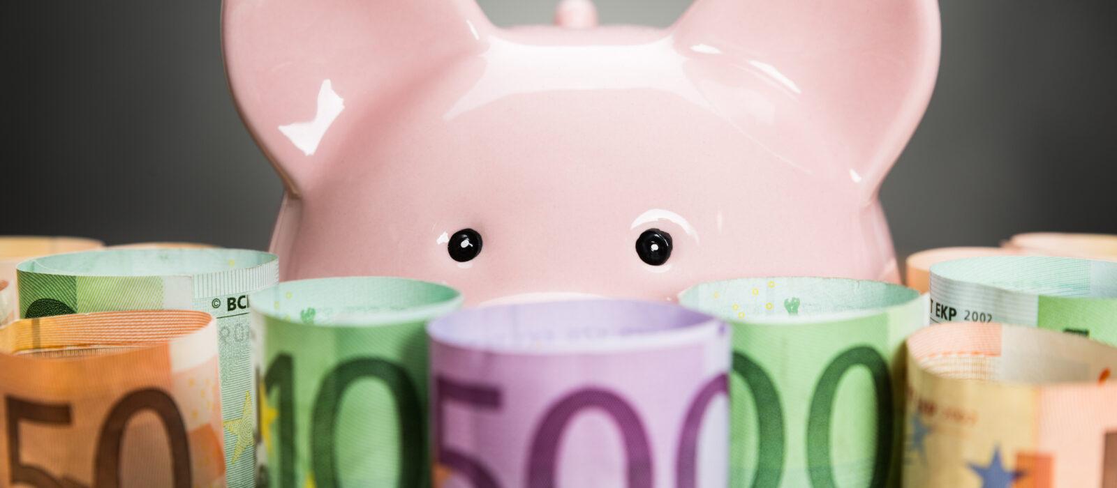 A importância do porquinho-mealheiro   Unibanco