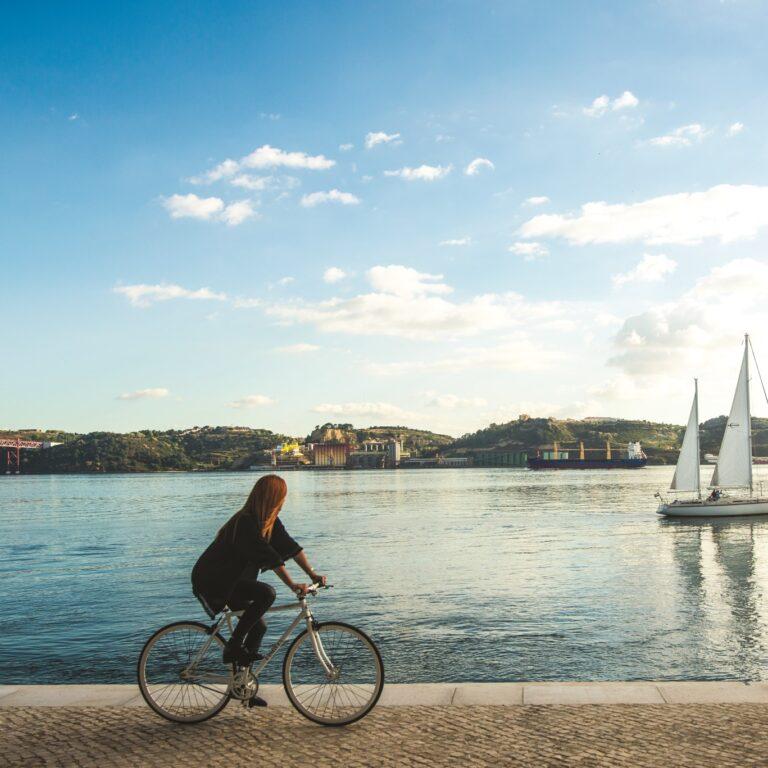 Volta à cidade em bicicleta | Unibanco