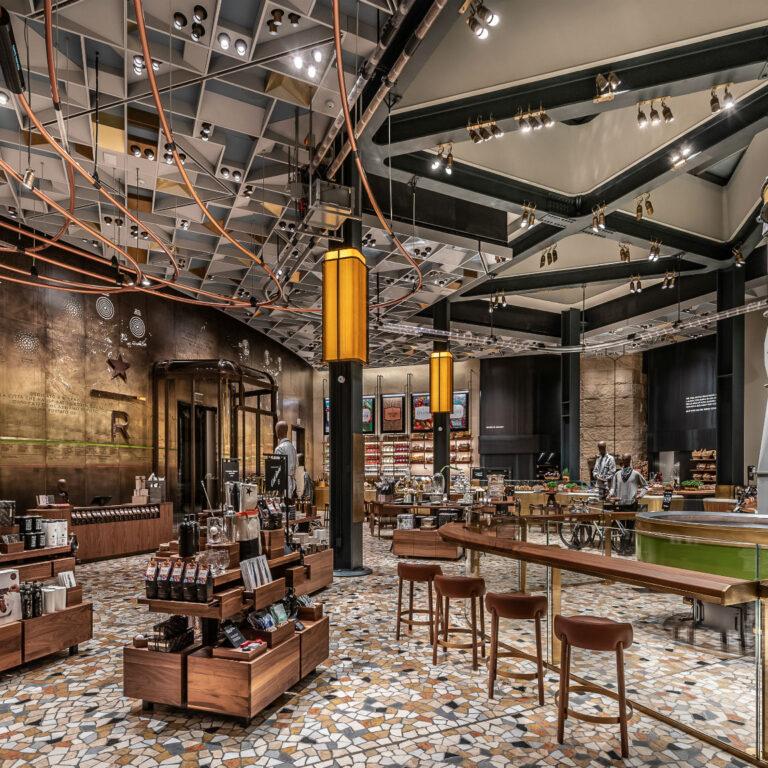 Starbucks Milão, o mais bonito do mundo   Unibanco