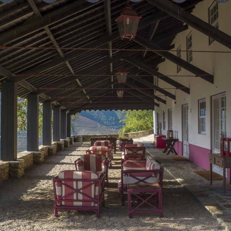 Pomares, os novos vinhos da Quinta Nova   Unibanco