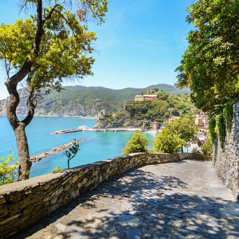Cinque Terre: roteiro de um postal ilustrado italiano | Unibanco