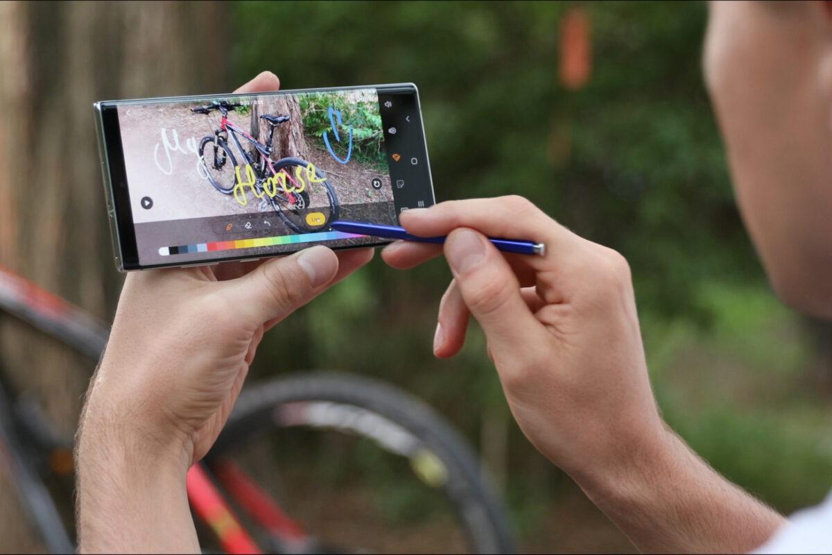 É tempo de fazer um upgrade ao seu  smartphone   Unibanco