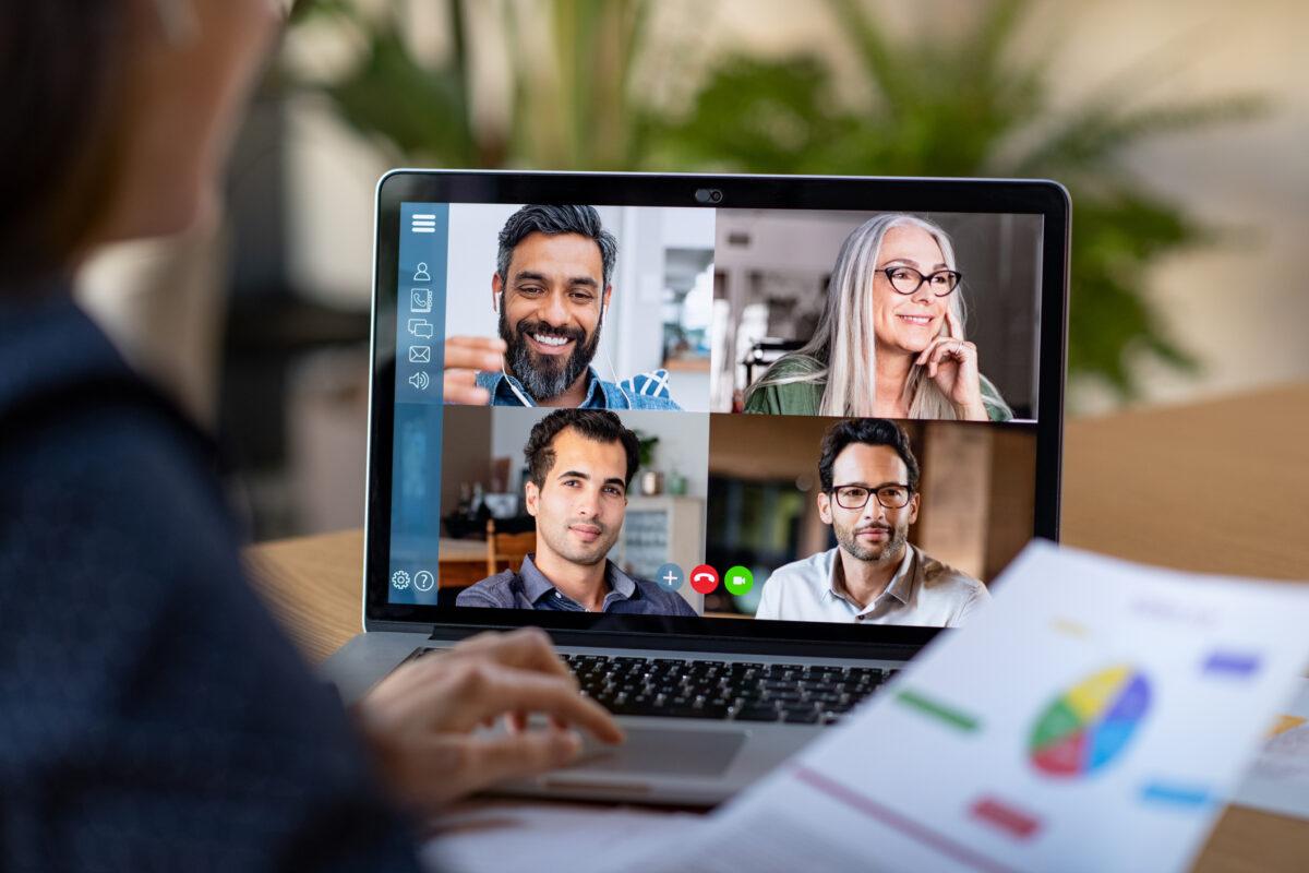 Como dominar a arte da videoconferência | Unibanco